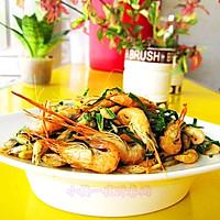 春韭焖河虾