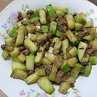 肉炒西葫芦块