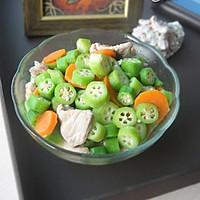 秋日里的养生保健蔬菜——秋葵炒肉片