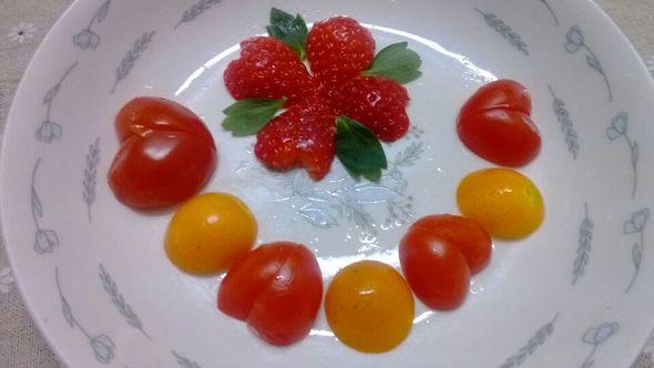 水果拼盘_布丁里面放番茄的美食日记