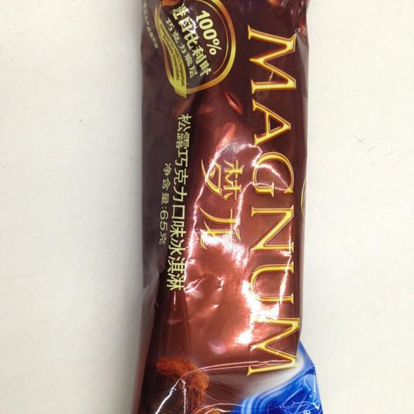 梦龙松露巧克力口味冰淇淋图片