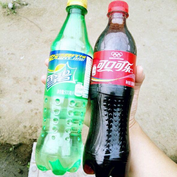 雪碧和可乐