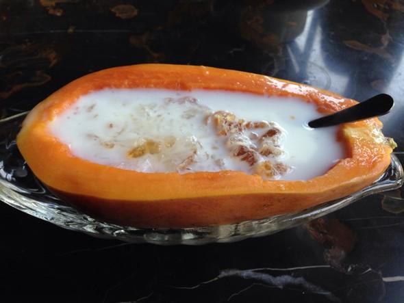 牛奶木瓜炖燕窝