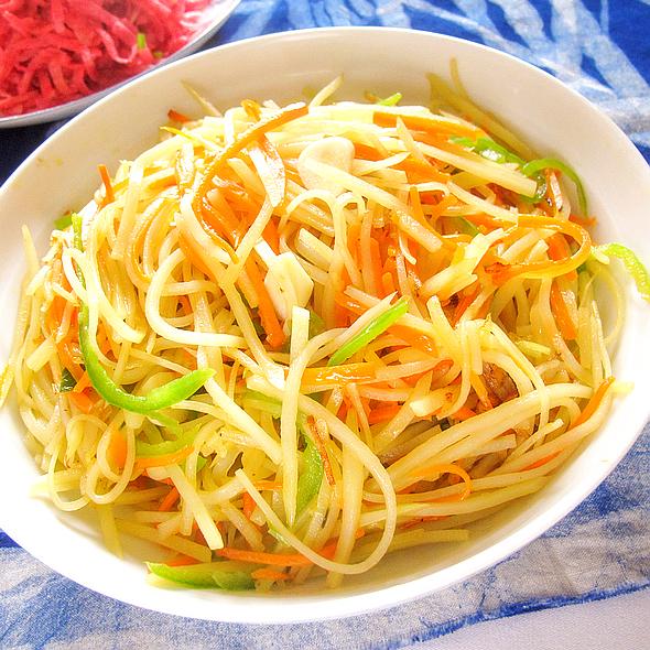 青椒炒土豆丝