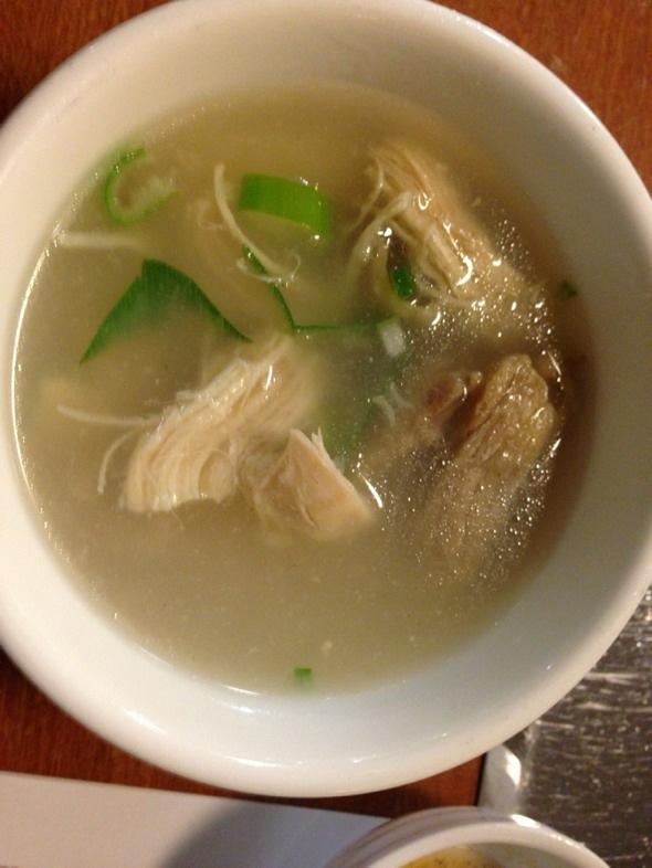 茶树菇炖鸡肉汤