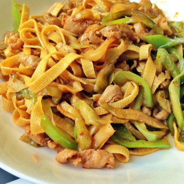 豆皮肉丝_小猴子学做菜的美食日记_豆果美食