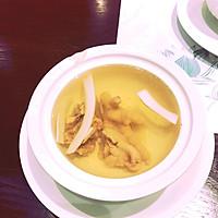 原盅叶子鸡汤