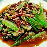 酱香肉末莴苣叶