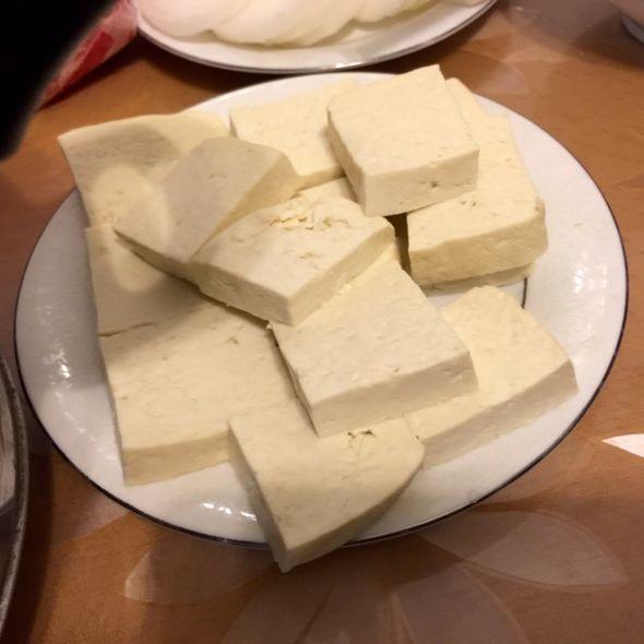白鹤滩水电站豆腐沟