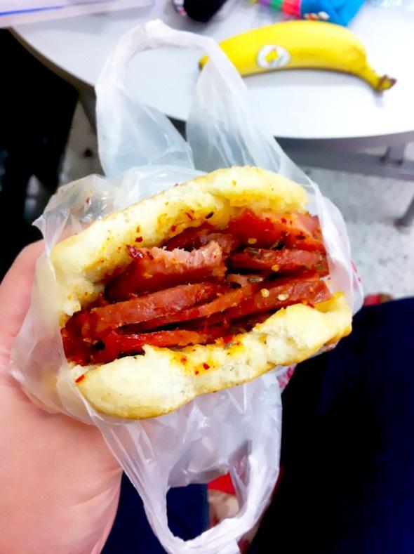 烧饼夹鸭肉_d-wany的美食日记_豆果美食