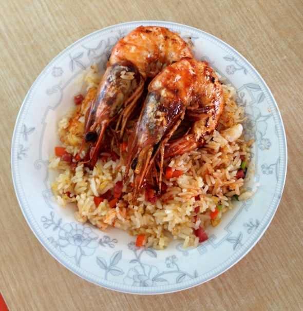 大虾炒饭图片