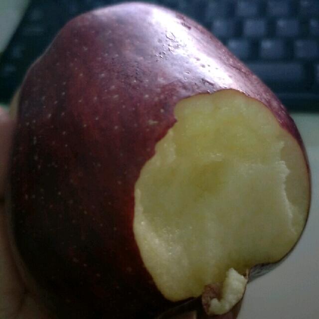 香甜的花牛苹果
